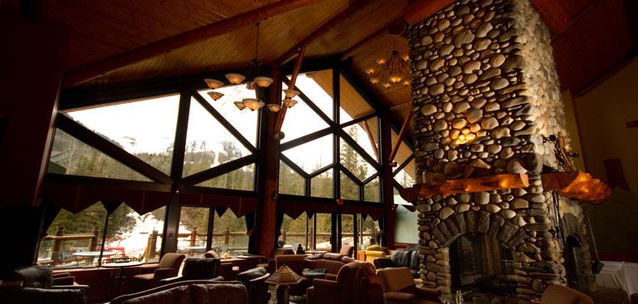 canada_fernie_lizzard_Creek_lodge_Condos_lounge2.jpg